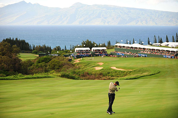 With a six-shot lead, Ogilvy safely laid up to 91 yards on the 663-yard par 5. The hole is the longest on the PGA Tour.