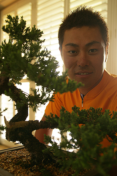 Hideto Tanihara                        AGE: 28                        LIVES: Hiroshima                        TICKET TO AUGUSTA: International Invitation                        FLOWER: Juniper (6th Hole)                       Tanihara's fifth at the 2006 British Open was the best finish ever in a major by a Japanese player. He won twice on the Japanese tour last year.
