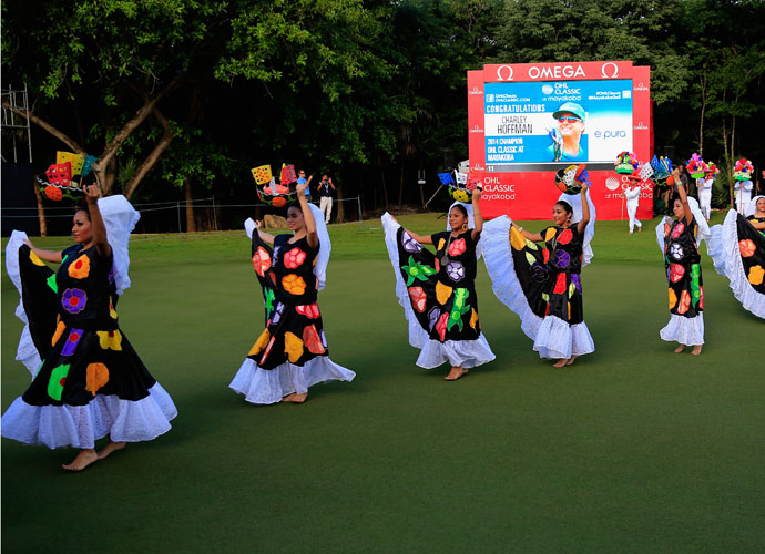 Dancers performed on the 18th green following the conclusion of the tournament.