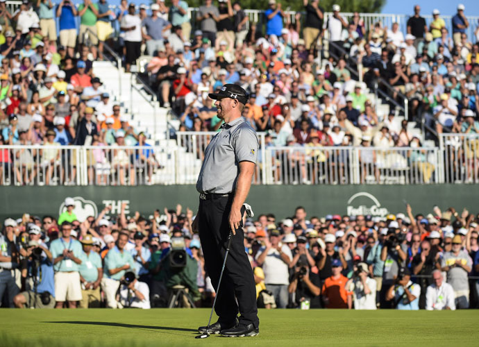 The victory ends a two-year winless drought and moves him into the lead in the FedEx Cup playoffs.