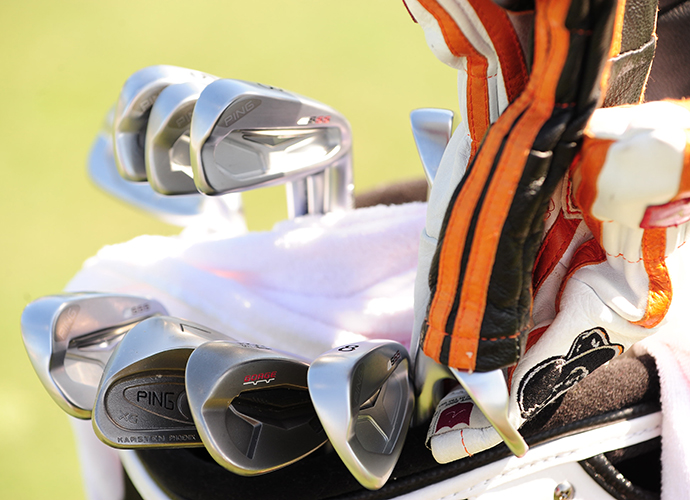 Hunter Mahan's Ping irons surround his Ping Eye2 L-wedge.