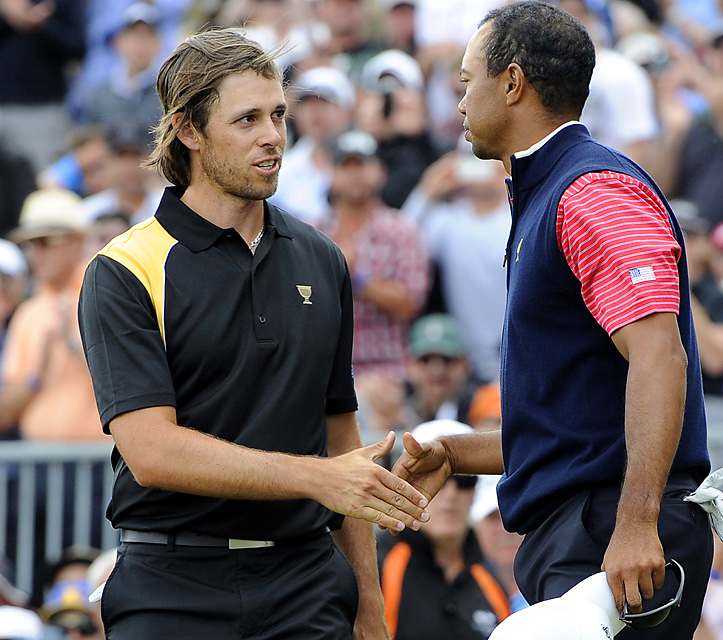 Aaron Baddeley lost to Tiger Woods in singles and finished 1-2-1.