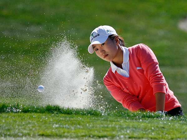 Round 3 of the Longs Drugs Challenge                       On another windy day in Danville, Calif., In-Kyung Kim maintained her composure, and her lead, at the Longs Drugs Challenge. The South Korean shot 69 to lower her overall score to 11 under.