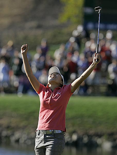 The 20-year-old Kim, in her second season on the tour, birdied the final two holes and earned $180,000.