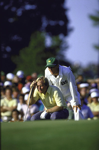 lining up a putt at Augusta in 1986, when the 46-year-old Golden Bear shot 30 on the final nine to claim his sixth Masters.