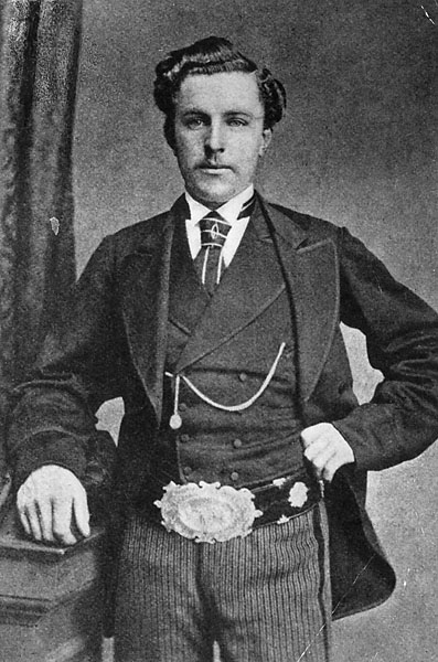 Young Tom Morris. 1869 British Open (11 shots) and 1870 (12 shots)                       Not to be outdone by his father, Young Tom (1851-1875) won four Open Championships, including an 11-shot win in 1869, and a 12-shot win in 1870.