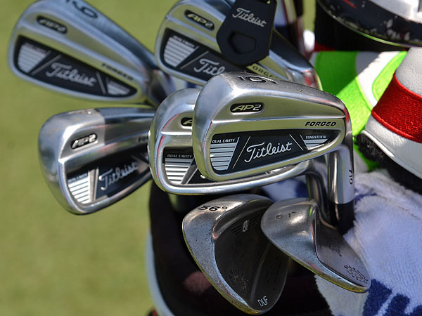 Jason Duffner uses Titleist AP2 irons.
