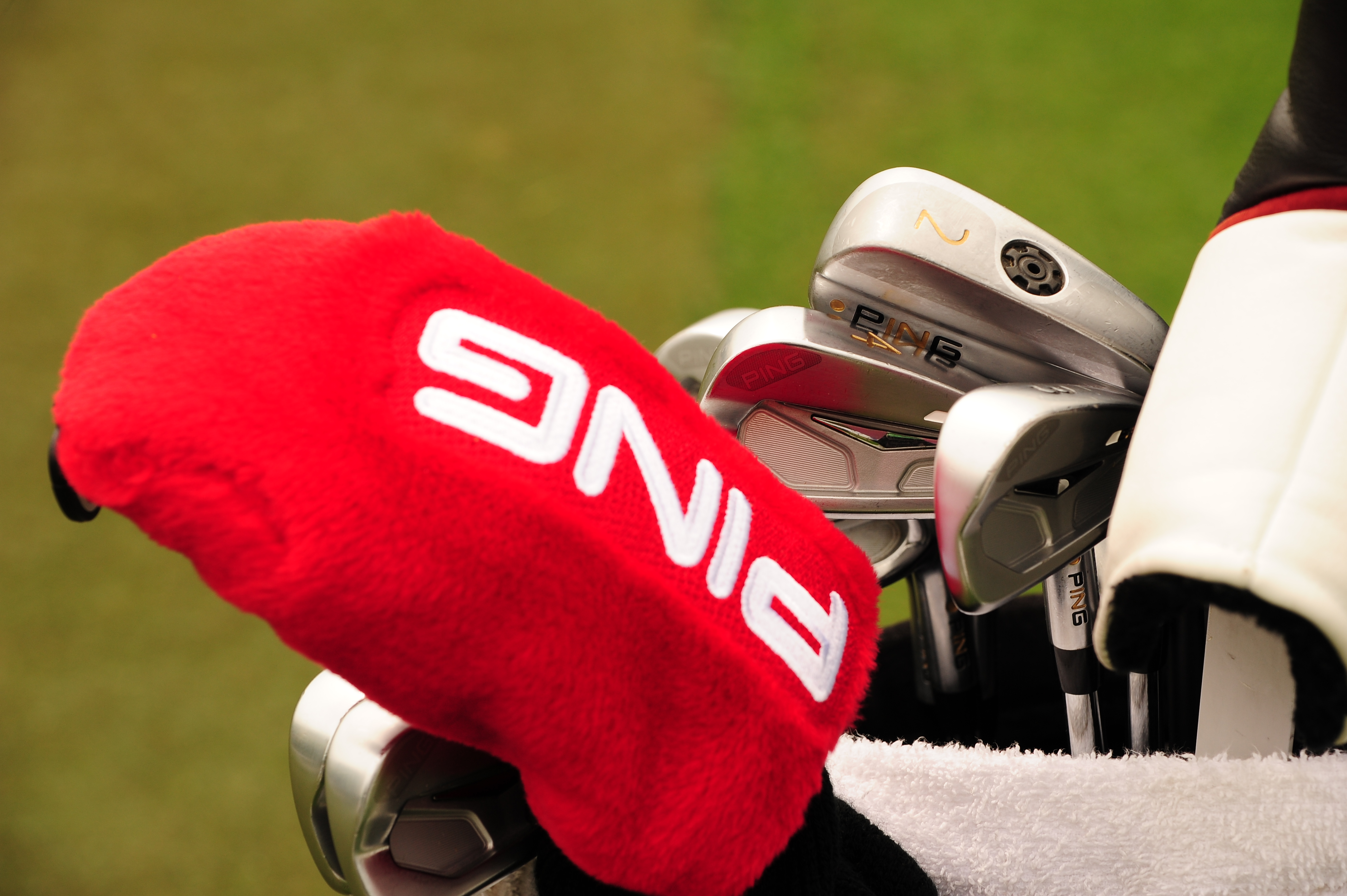 Jason Gore carries a collection of PING clubs including S55 blade irons and a Rapture driving iron.