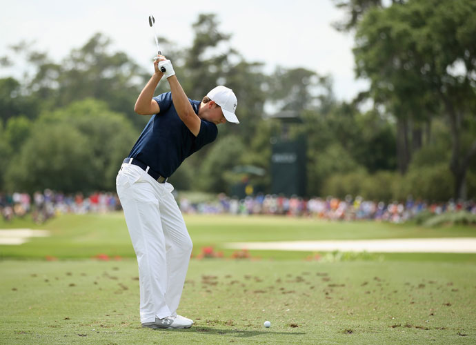Jordan Spieth hits an approach shot in the third round. He'll be paired with Martin Kaymer in the final round.