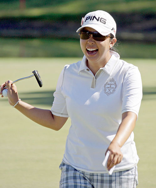 Jane Park Follow @The_JanePark                        The LPGA vet is one of the funniest people on Twitter. Lots of random musings with an emphasis on her love of food. A must-follow.