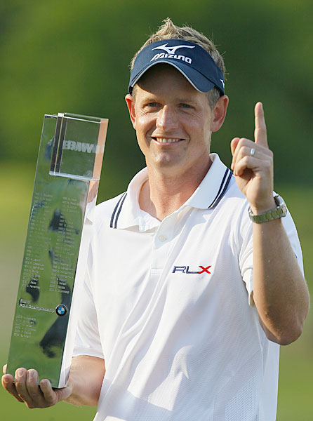 Luke Donald Follow @Luke_Donald                        The current No. 1 player in the world uploads plenty of videos and pictures to his feed, but it's probably his frequent Mizuno giveaways that get his followers most excited.                                              Lawrence Donegan (Not pictured), golf writer for The Guardian. Follow @lawrencedonegan