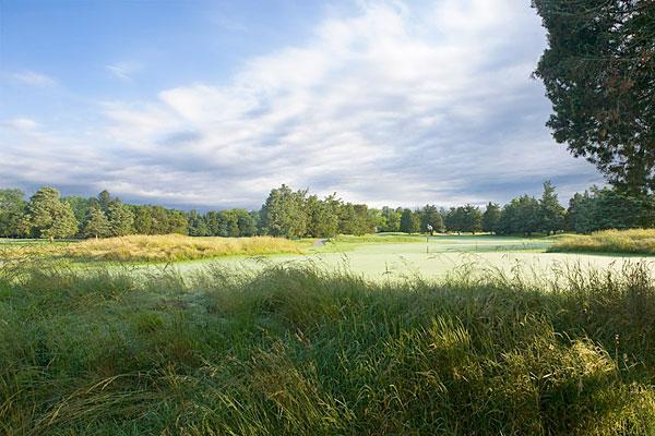 Sam Snead won the 1942 PGA Championship at Seaview Golf Resort's Bay Course (Galloway, N.J.).