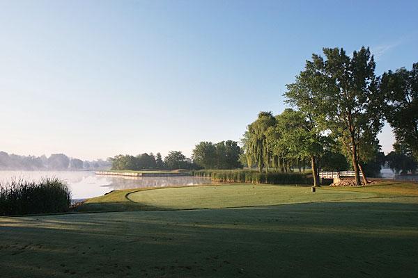 Kemper Lakes Golf Club (Kildeer, Ill.) held the 1989 PGA Championship won by Payne Stewart.