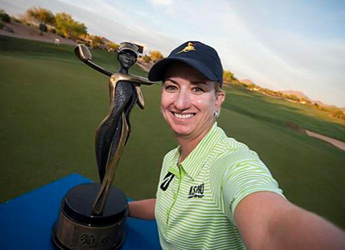 @LPGA                                           #LPGAWinnerSelfie @Karrie_Webb
