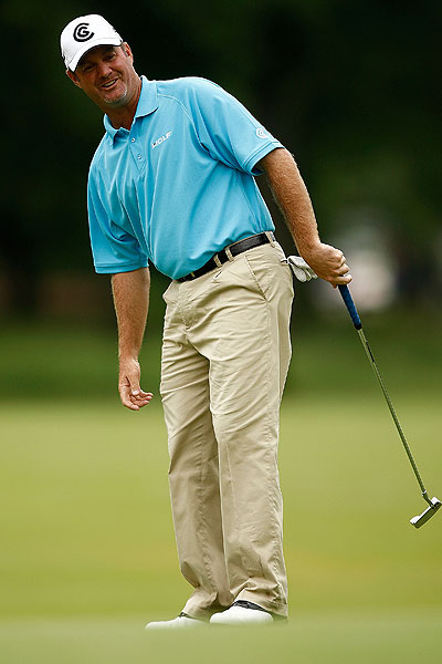 Jerry Kelly made two double bogeys and shot 74.