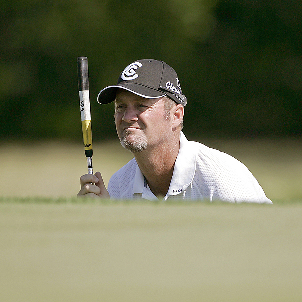 5 Things You Didn't Know ... 2007 Verizon Heritage                                          1. Kelly's Numbers Lie                     Jerry Kelly was in contention at the Masters two weeks ago, finishing T5. This week, his solid play earned him a spot in the final pairing on Sunday (and Monday), but a final round 77 knocked him down to T8. So the Wisconsin native's game must be improving, right? Well, compared to 2006, Kelly is shorter off the tee this season (276.5 vs. 278.1), hits fewer fairways (67.91% vs. 70.26%) and makes virtually the same number of putts per green in regulation (1.785 vs. 1.781). However, his scoring average is down from 70.85 (70th) to 70.17 (28th), and over four rounds that half-shot means two strokes.