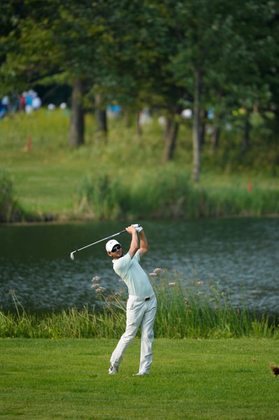 Kyle Stanley shot 67 in his second round, good for a T3 with Graham DeLaet, two back of the leaders.
