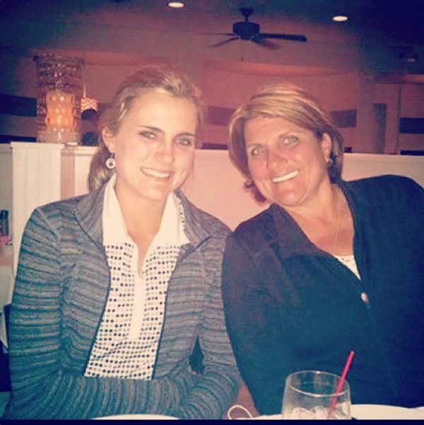 @lexi I love my mom she has always been there for me no matter what. She is definitely my best friend, and my #1 supporter #luckydaughter