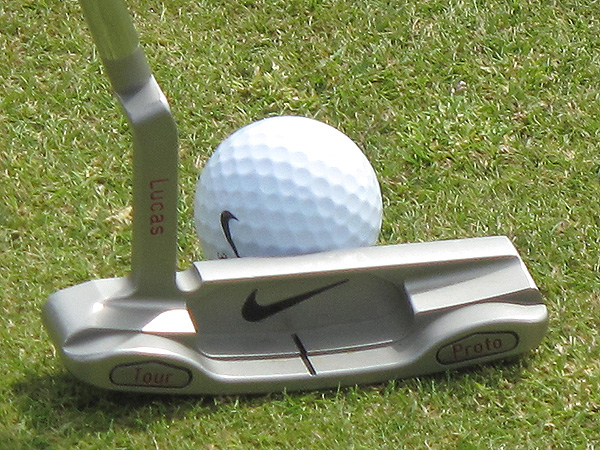 is still using the prototype version of the Nike Method 001, even though the putter was brought to market almost a year ago.