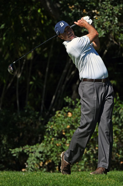 Matt Kuchar eagled the par-4 17th to get to 11 under, five strokes back of Bae.