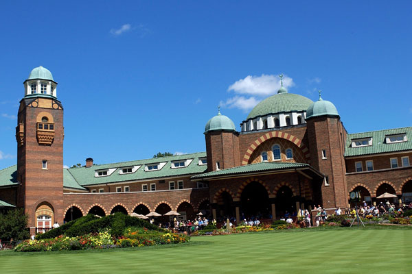 2012: Medinah Golf Club                     Medinah, Illinois                                          U.S. captain Davis Love III and European captain Jose Maria Olazabal will lead their respective teams at Medinah, which has been the site of two PGA Championships (the most recent having been won by Tiger Woods in 2006) and the 1949, 1975 and 1990 U.S. Opens.