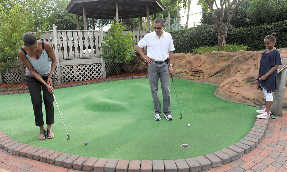 Obama got the family involved in his love for the game when he played mini golf with his wife, Michelle, and his youngest daughter, Sasha, in Florida.