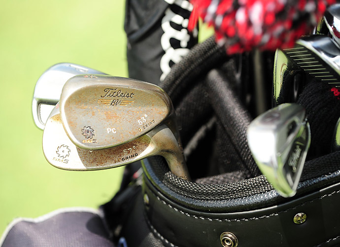 Patrick Cantlay has some serious rust on his Titleist Vokey SM5 wedges as well as his custom-stamped initials.