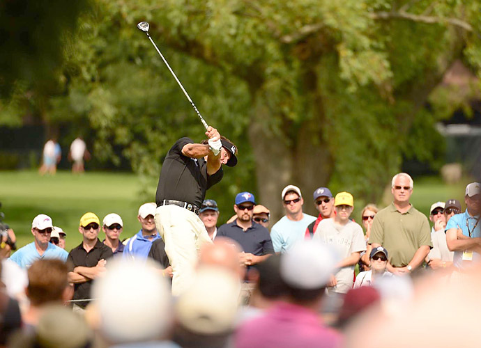 Mickelson fought back to get to one under, but a double bogey on the 18th gave him a 71 for the day.