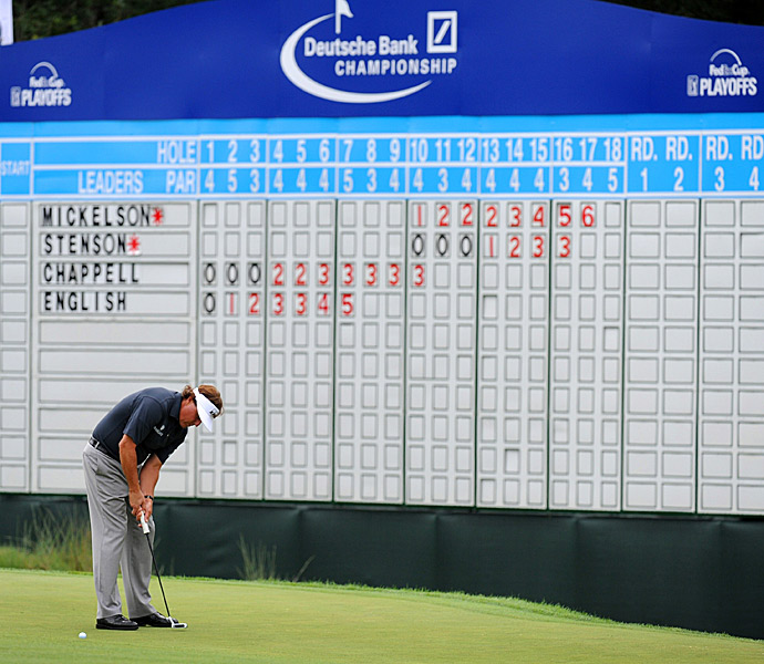 Mickelson made seven birdies to shoot a 28 on his first nine holes, putting a 59 within reach.