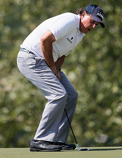 Phil Mickelson also recovered on Friday with a 67.