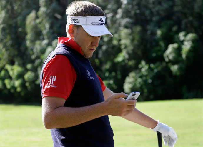 "Do you tweet?                          PGA Tour pro responses:                          YES: 60 percent                          NO: 40 percent                          OFF THE RECORD:                         ""I used to, but my wife banned me."""