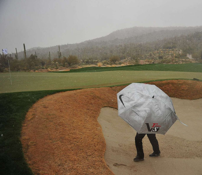 Charl Schwatrzel, a No. 3 seed, attempted to brave the elements on Wednesday during his first round match against Russell Henley. When the weather cleared on Thursday, Henley advanced with a 1 up win.