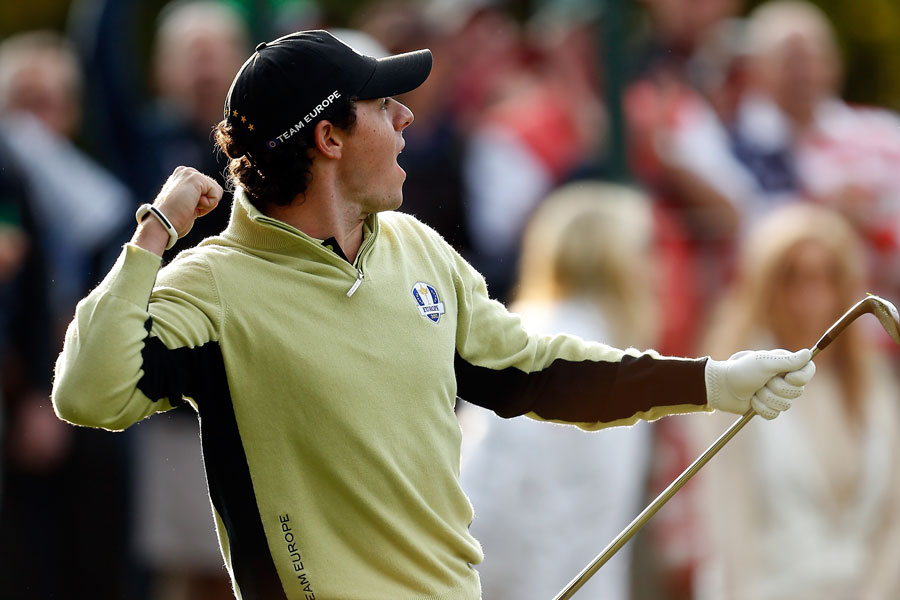McIlroy holed a chip shot at the fourth hole.