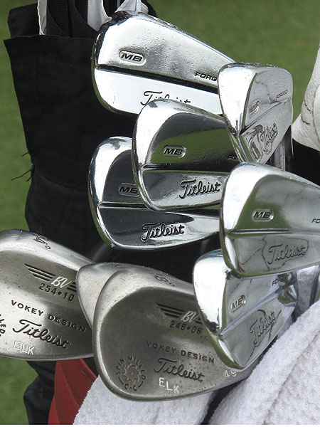 Steve Elkington plays Titleist 710 MB irons.