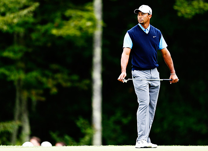 Woods' round featured four birdies and a lone bogey.