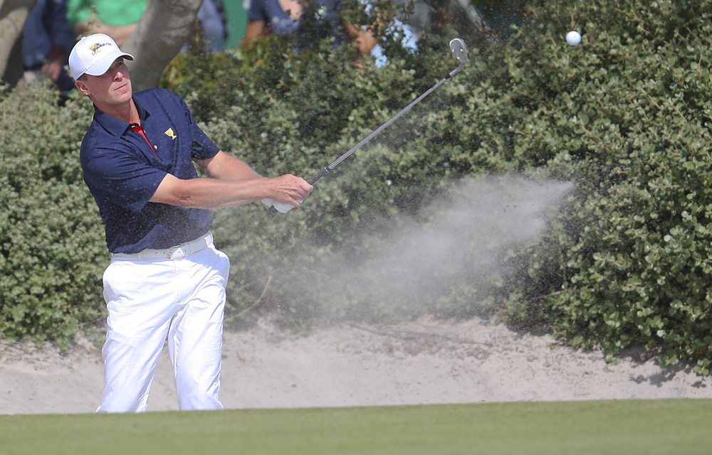 Steve Stricker played through a neck injury to finish 2-2.
