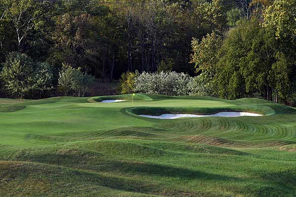 """Valhalla Golf Club                       The site of the 2008 Ryder Cup will seriously test the players' mettle. With creeks and marshes and even an island green, it's a classic risk-reward venue. Here is a hole-by-hole look at Jack Nicklaus's 7,496-yard masterpiece.                                              Hole 1 — """"Cut the Corner""""                       448 yards, par 4"""