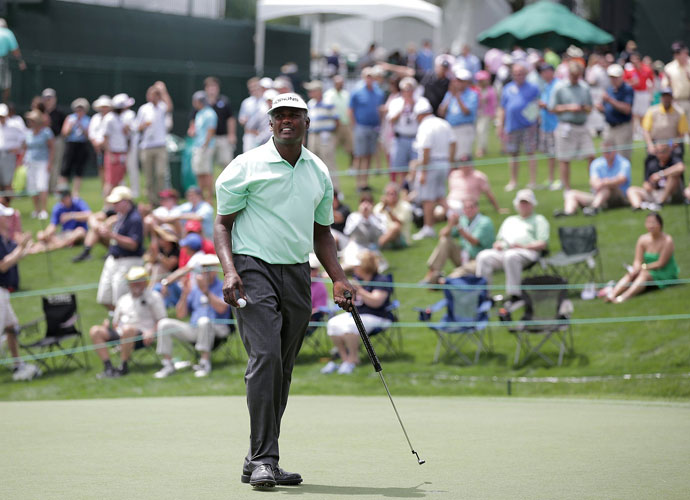 Vijay Singh played bogey-free golf to shoot a 3-under 69 in the first round. He trailed Angel Cabrera by three.