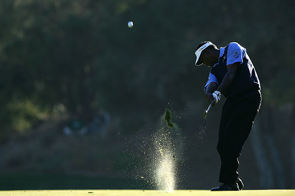 Vijay Singh finished strong, going birdie-birdie on 17 and 18 to shoot 69 Saturday. The three-time major winner is tied for fifth place.