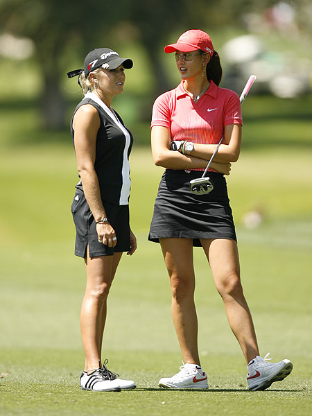 Natalie Gulbis and Wie tied for third at the 2006 Kraft Nabisco Championship behind Lorena Ochoa and Karrie Webb, who won in a playoff. It was Wie's third top 10 in a major championship in less than two seasons.