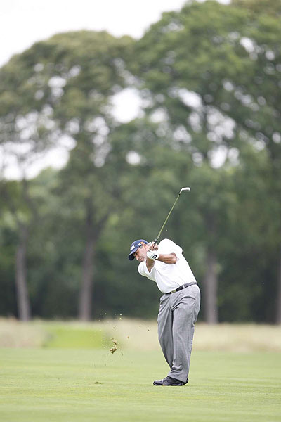 Angel Cabrera shot a one-under in the second round to move to three over.