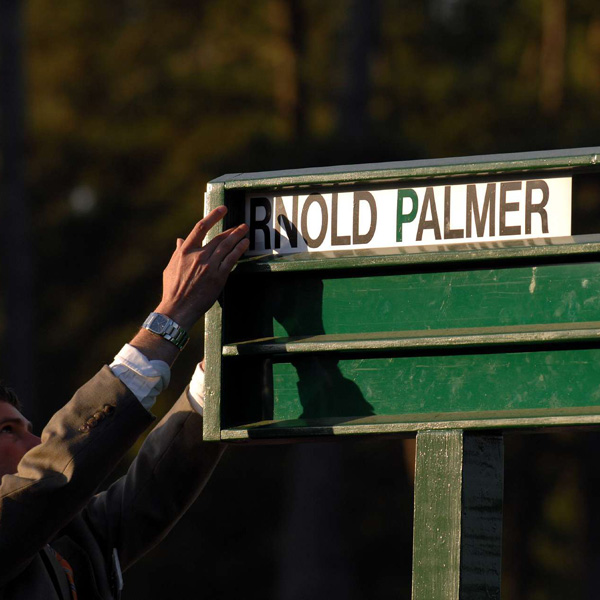 Arnold Palmer revived a Masters tradition by hitting the ceremonial first drive Thursday.