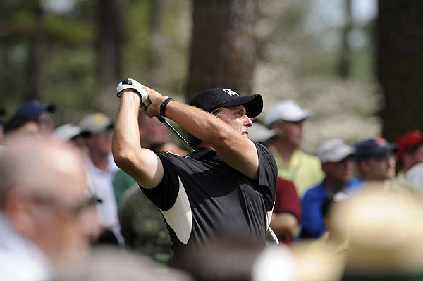 Phil Mickelson started his round with back-to-back birdies.