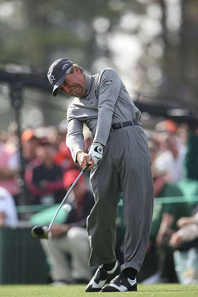 In his record 51st Masters, Gary Player ended his first round at 11 over par.