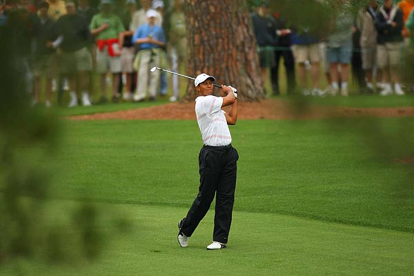 Third Round at the Masters                       Tiger Woods got his third round started late after an hour-long rain delay.