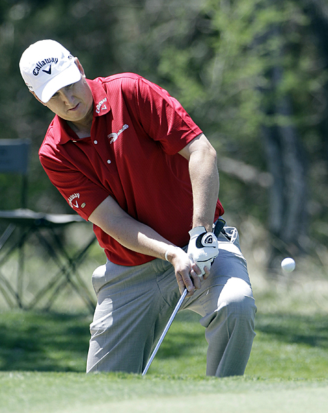 J.J. henry bogeyed four of the last five holes for a 78.