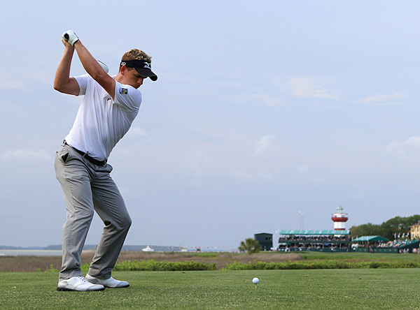 Luke Donald fired a six-under 65 to take the lead at 10 under.
