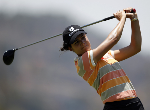 Second Round of the 2009 Corona ChampionshipLorena Ochoa grabbed a three-shot lead after a second consecutive 65.