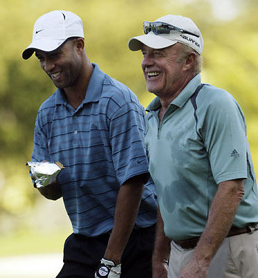 Tennis star James Blake shared a laugh with actor James Caan.
