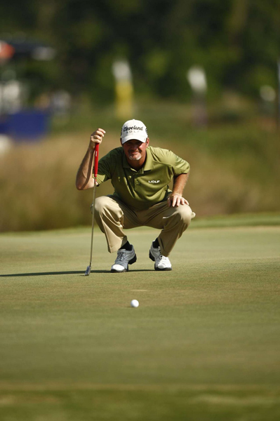 Third Round of the Zurich Classic                                          Jerry Kelly extended his lead to three strokes after a bogey-free 69.